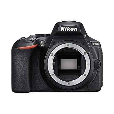 Reflex Nikon D5600 - boîtier nu (24,2 Mpix)